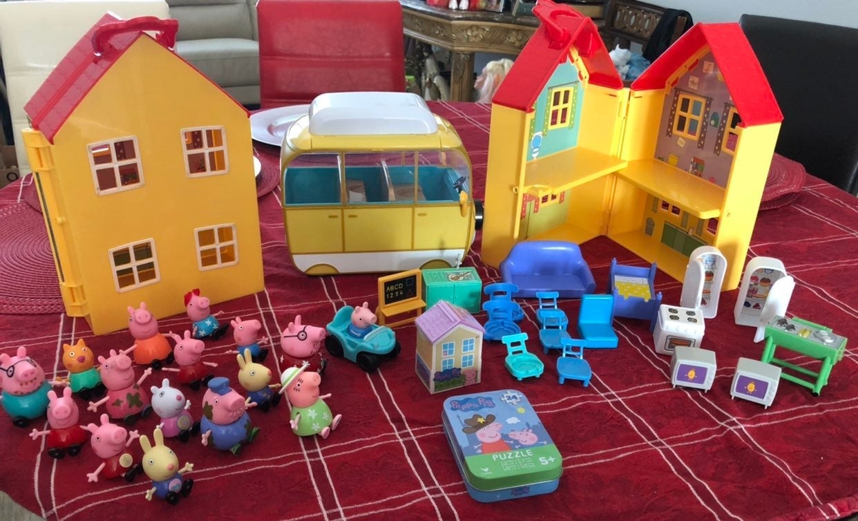 peppa pig toy lot 37 pieces