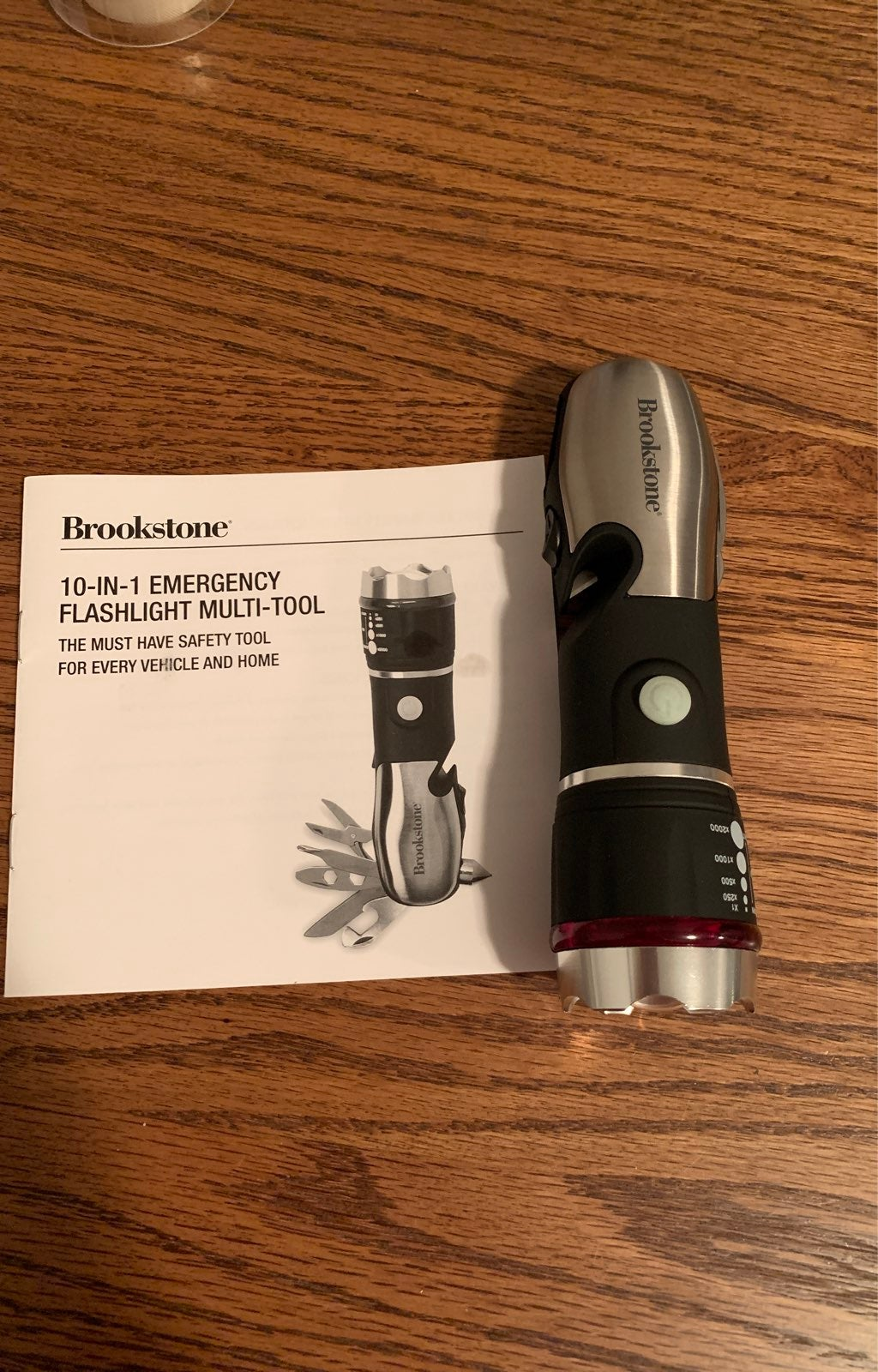 Brookstone emergency flashlight multi to