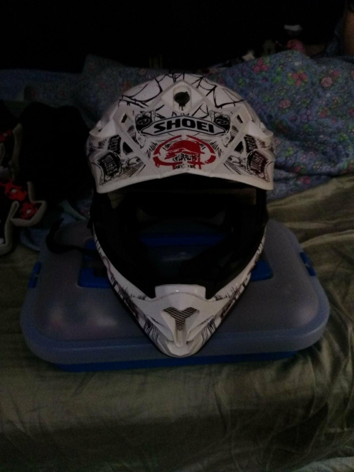 Shoie metal mulisha helmet