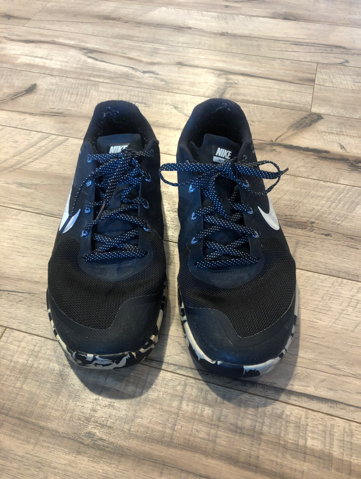 Mens nike metcon shoes