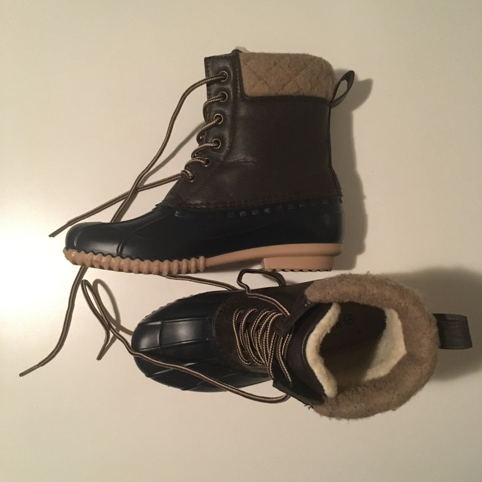 Magellan Outdoors Women's Boots Size 7