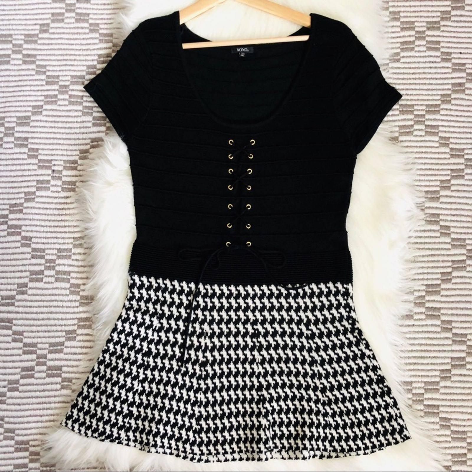 XOXO Black & White Fit n Flare Dress XXL
