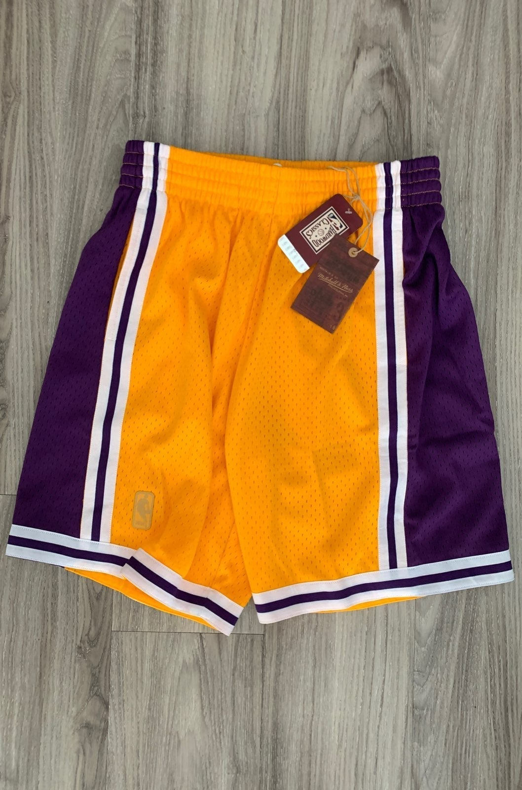 Los Angeles Lakers Mitchell & Ness Short