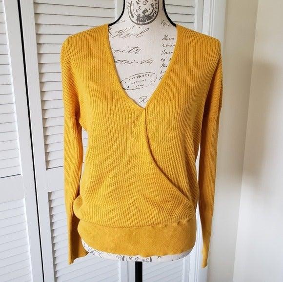 Elodie Mustard Yellow Sweater Size L