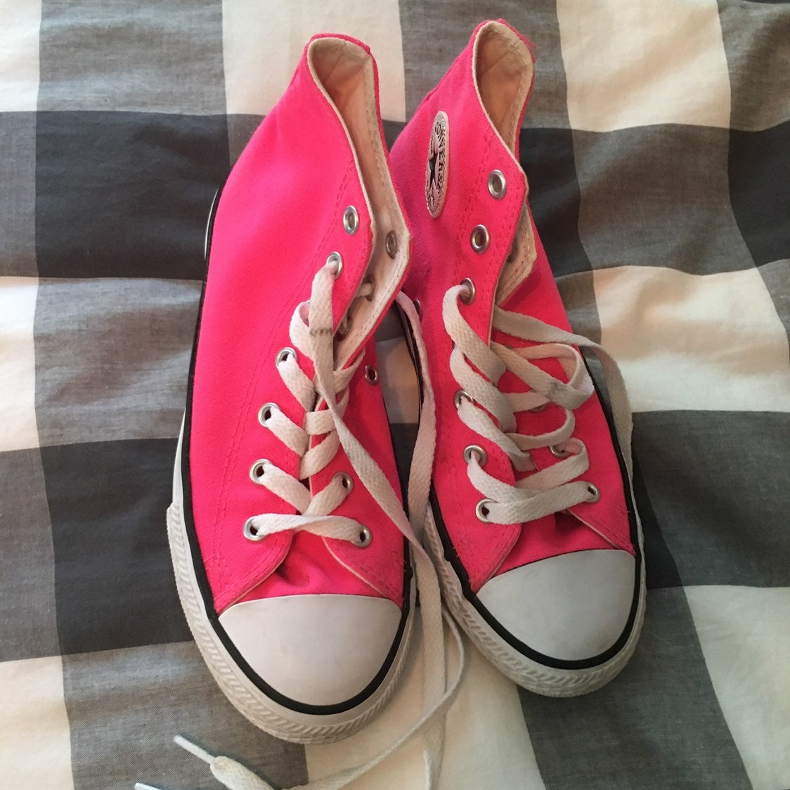 Converse High Tops Hot Pink 3y