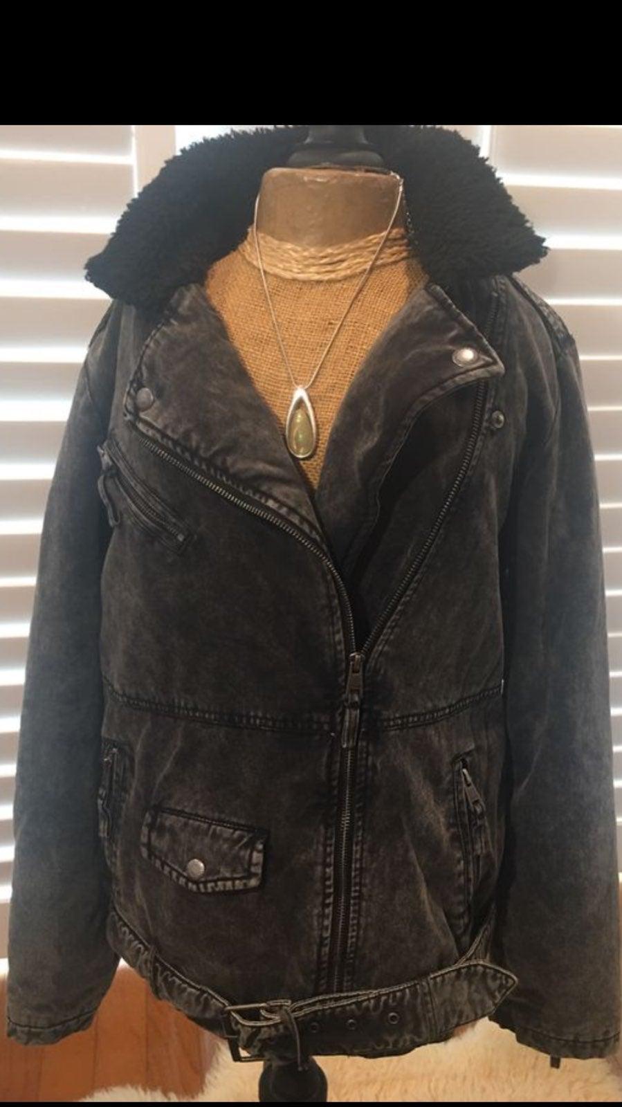 Levi's Black Denim Jacket Belted Sherpa