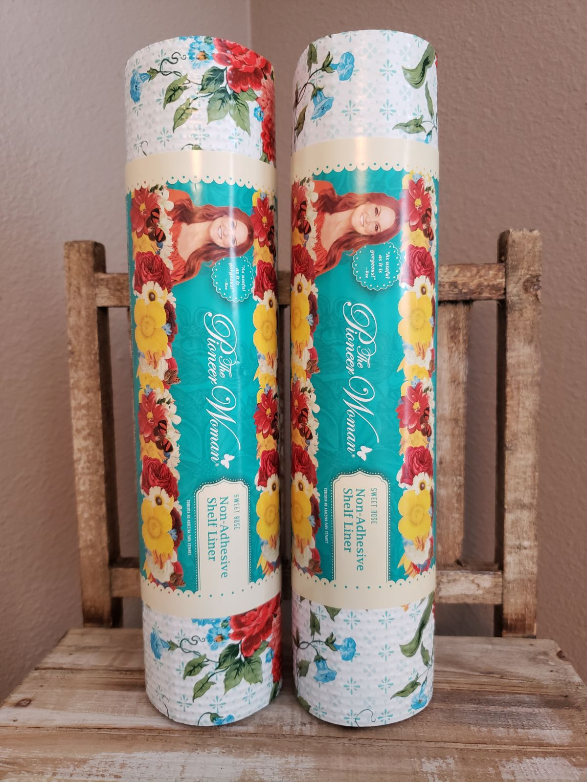 Pioneer Woman Sweet Rose Shelf Liner