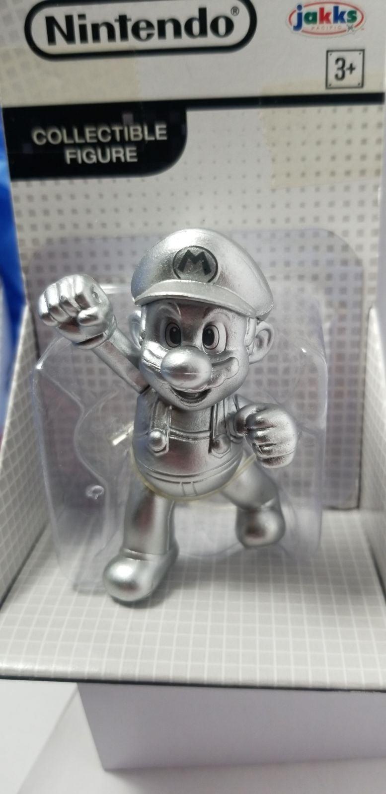 Metal Mario Collectible figure Nintendo