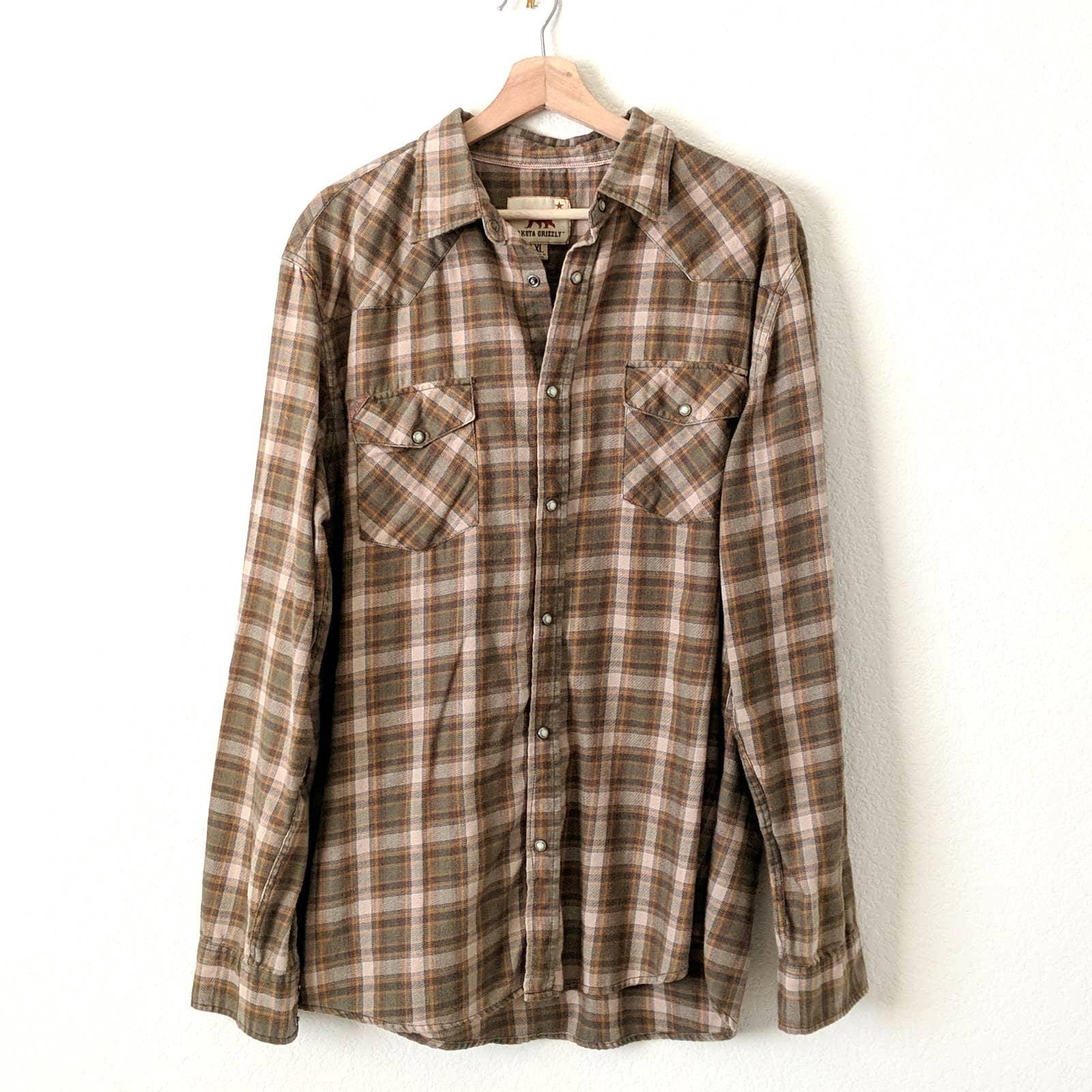 Dakota Grizzly Plaid Pearl Snap Shirt XL