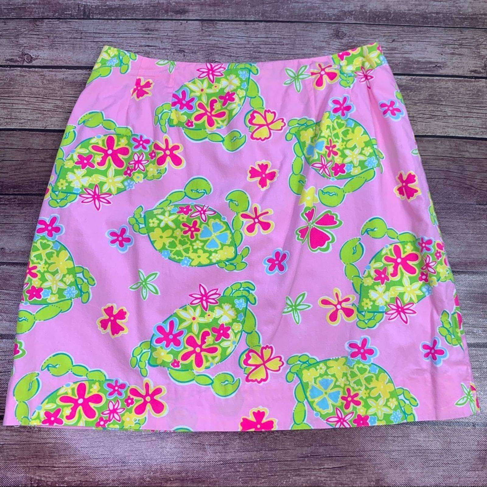 LILLY PULITZER Crabs Muscle Beach Skirt