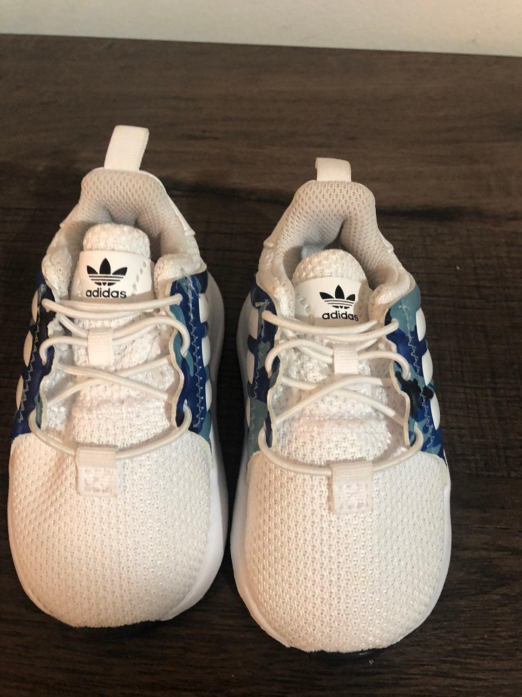 Adidas ortholie size 4 baby