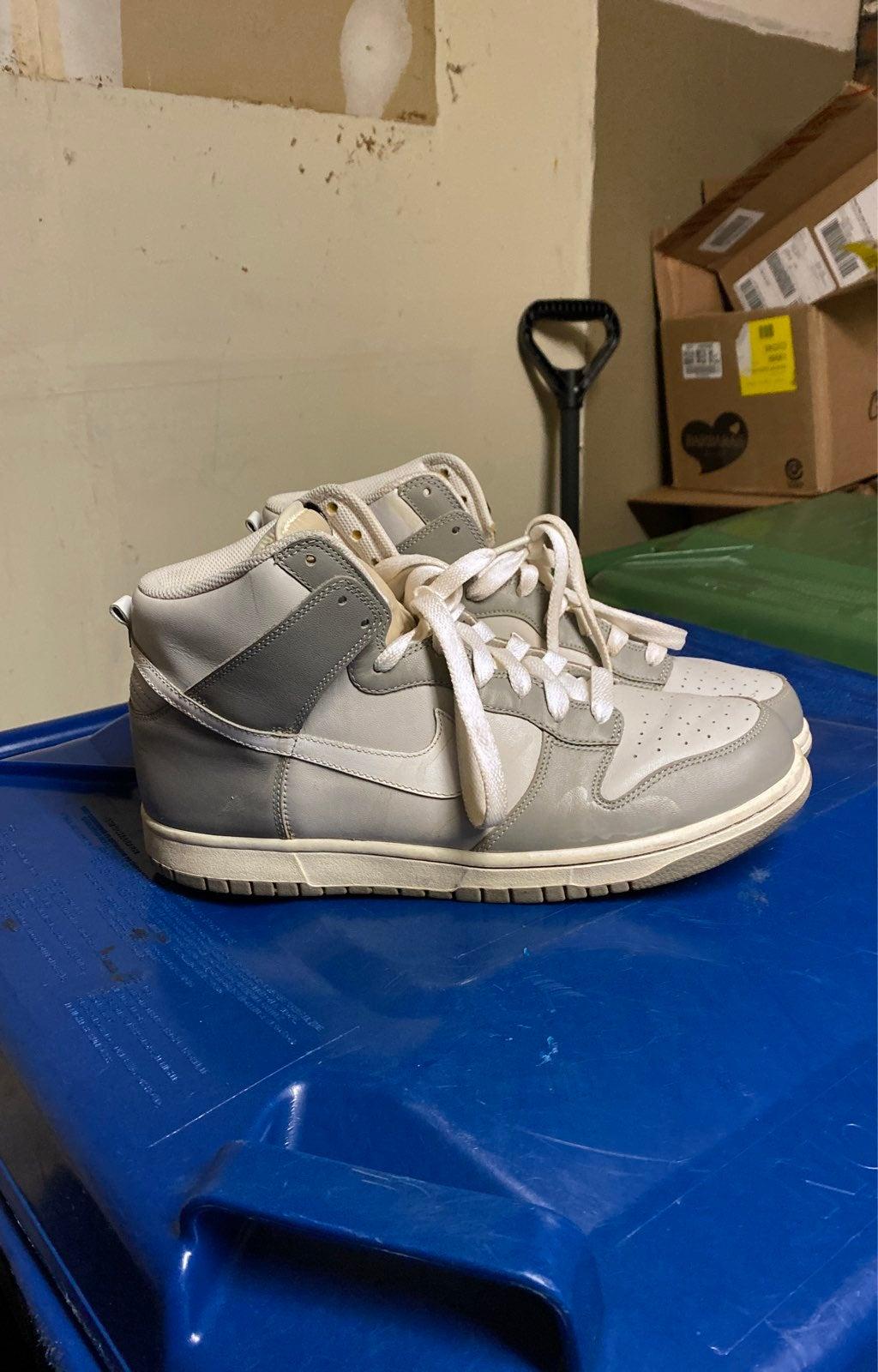 Nike Dunk High Neutral Grey