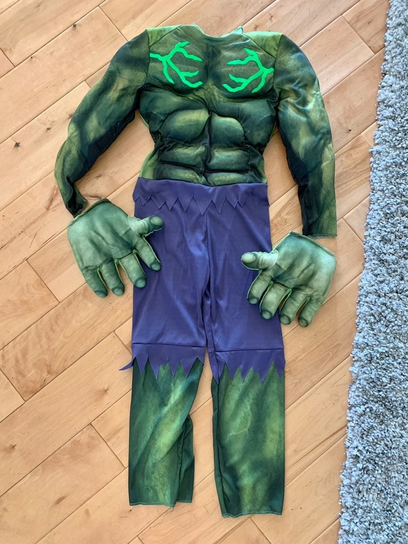 Marvel Avengers Costume Size Medium 7/8
