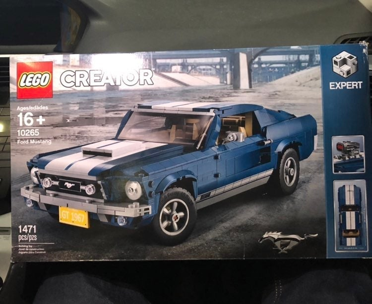 LEGO Creator Expert:  Ford Mustang