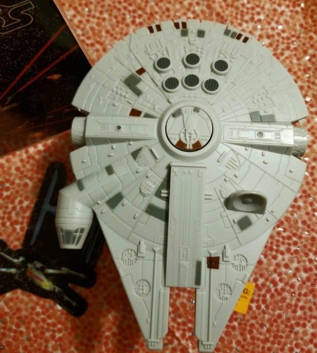 Star Wars Falcon Cake Topper