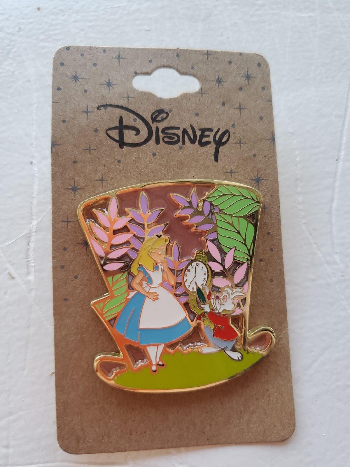 Disney Alice in wonderland pin