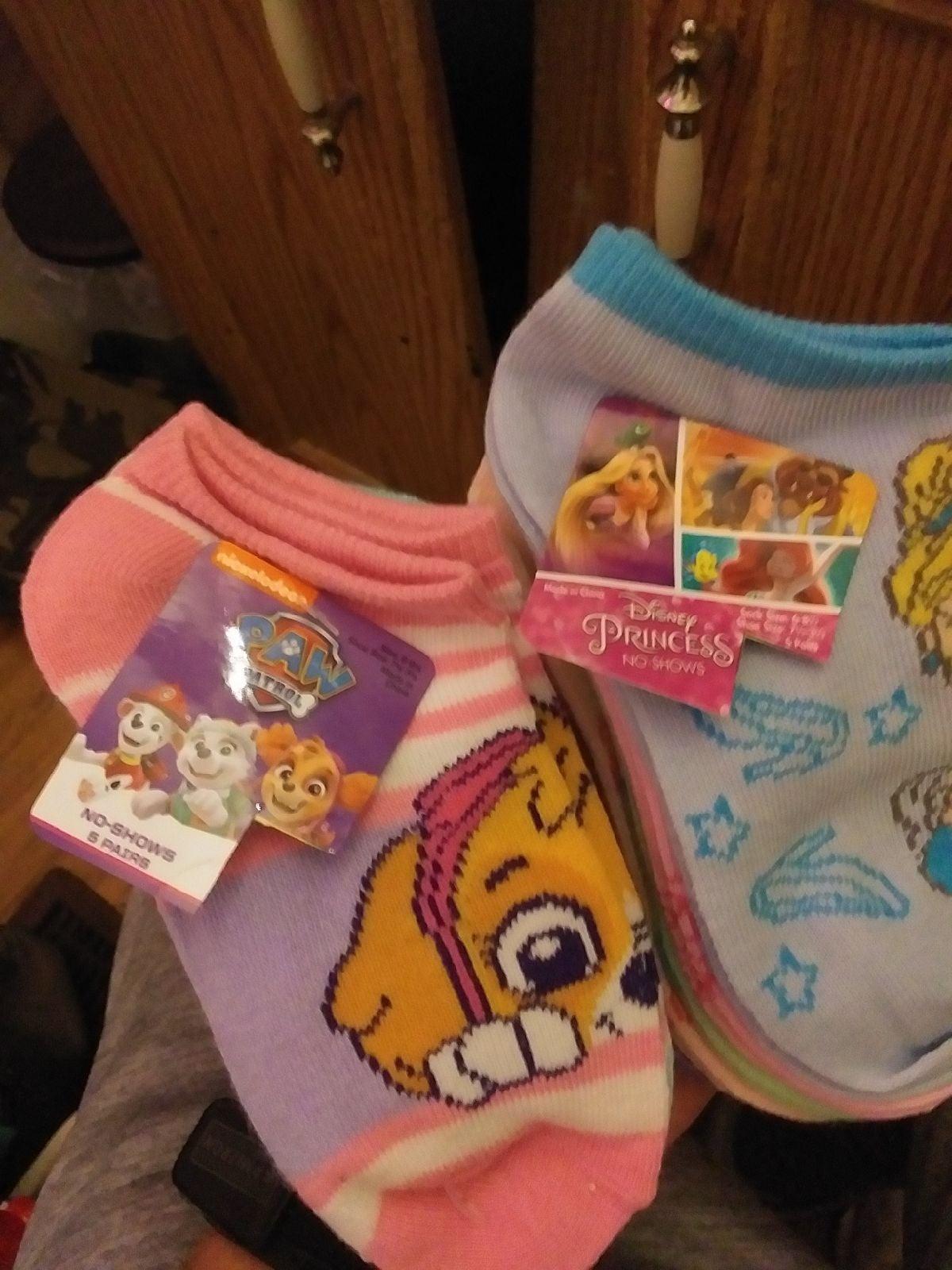 Paw Patrol & Disney Princess No-Show soc