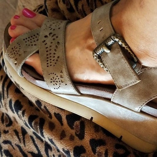 Cute, girly taupe sandals