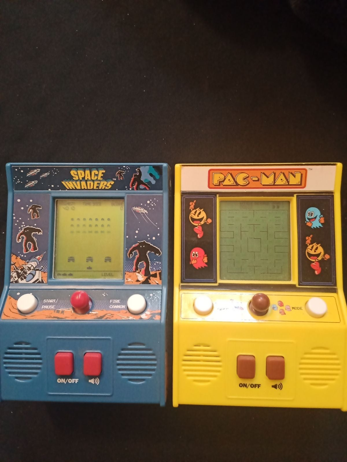 Pac-Man and space invaders Mini Arcade G