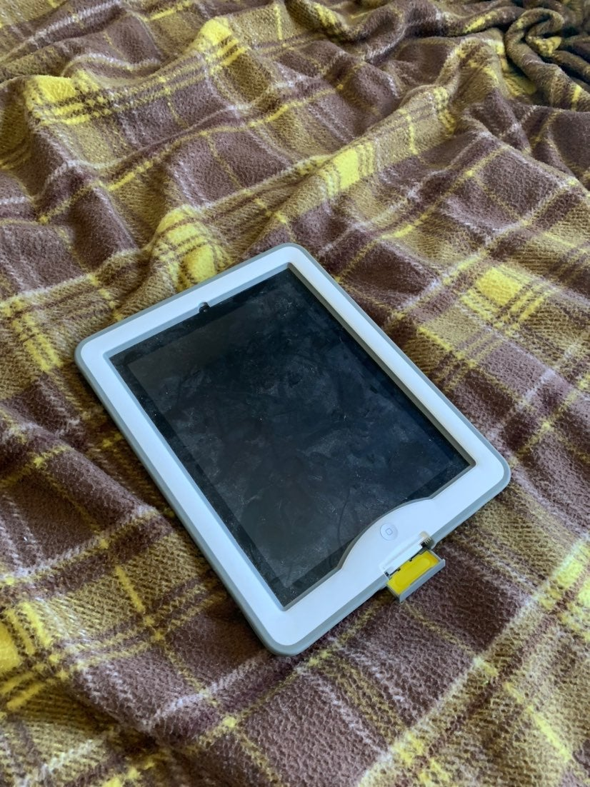 iPad 1st generation for parts only