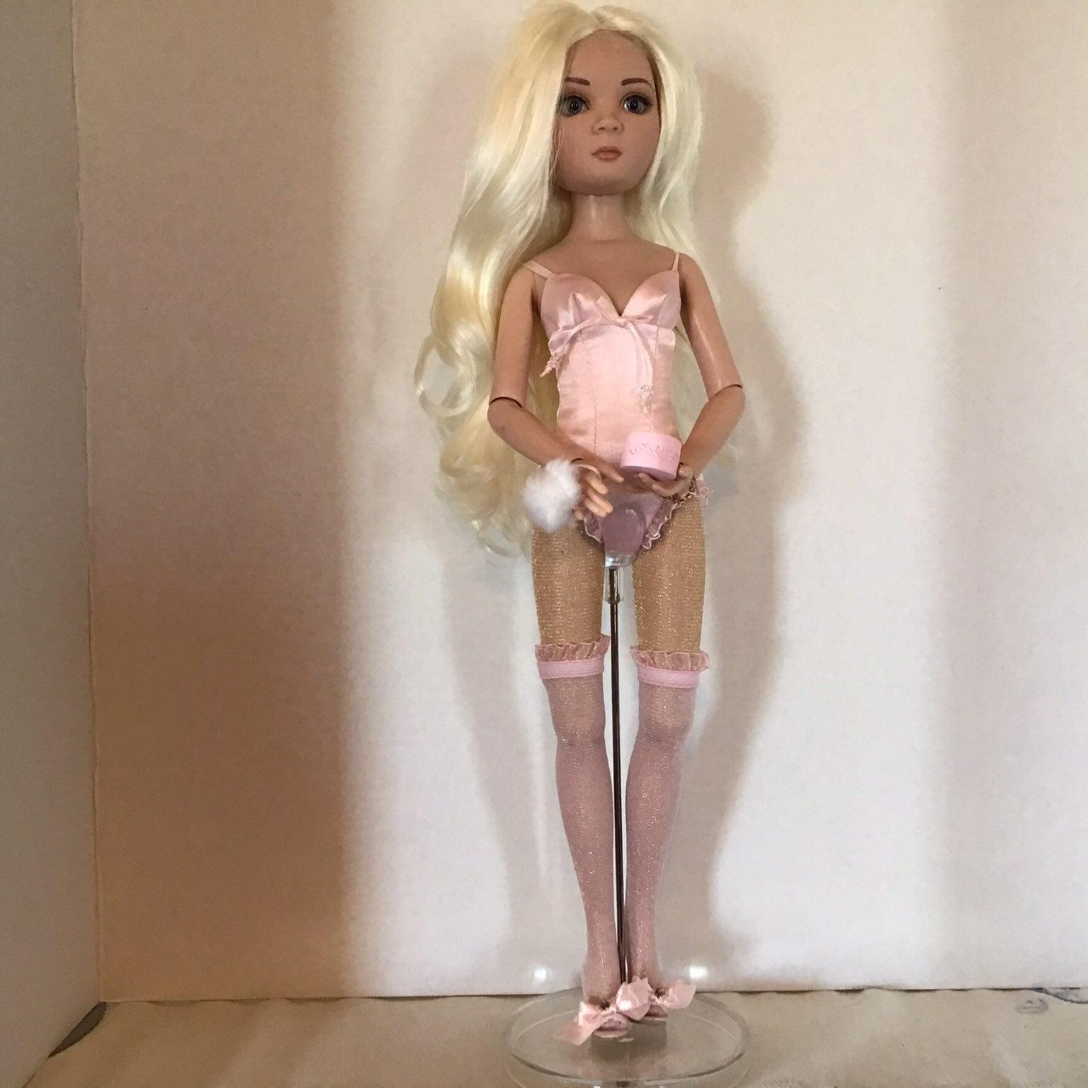 Ellowyne Wilde doll outfit Essential Bru