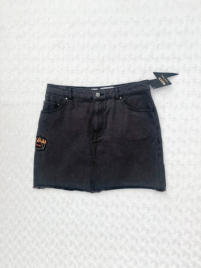 NWT-DEF LEPPARD black denim skirt