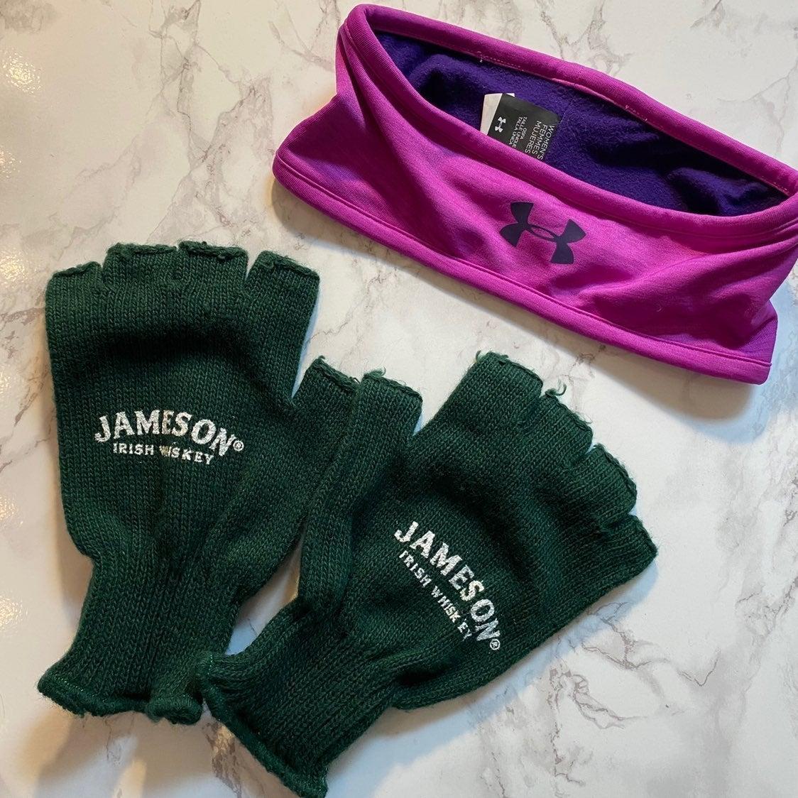 *SALE*Under Armour Headwrap + gloves