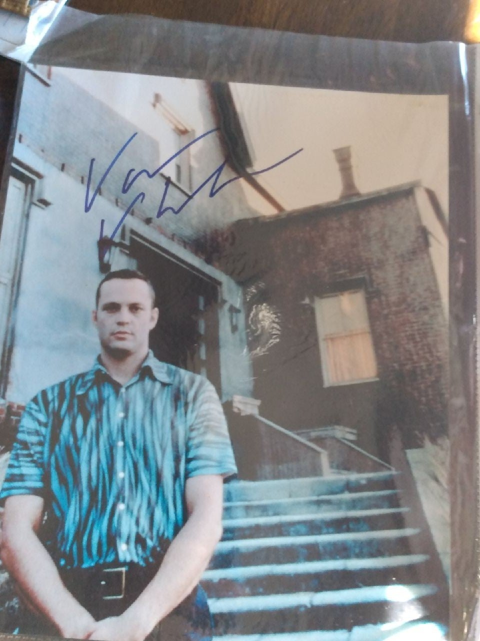 Vince Vaughn autographed picture with CO