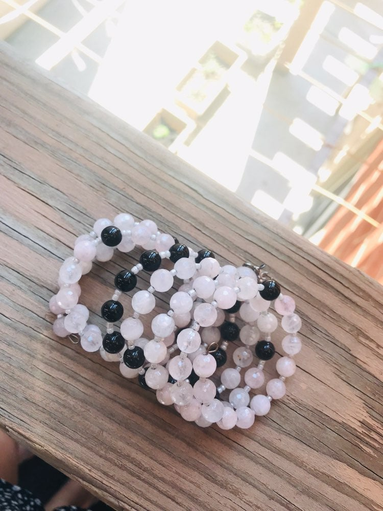 Rose quartz & Onyx gemstone bracelet