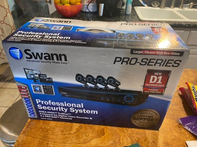 Swann - Security Camera LOT N3960 PRO640