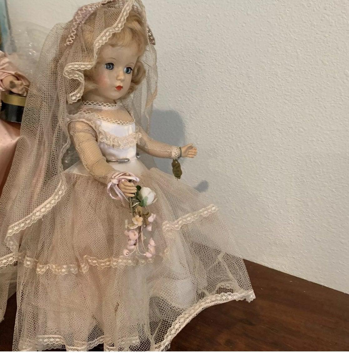 """Madame Alexander  14"""" Wendy Ann bride"""