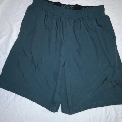 Nike Dri fit basketball gym shorts XL
