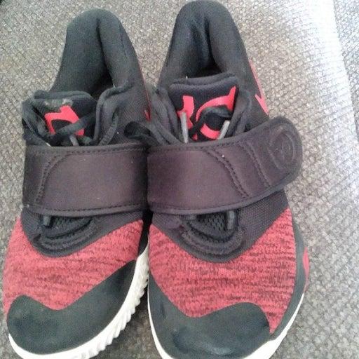 Toddler boys size 11 Nikes