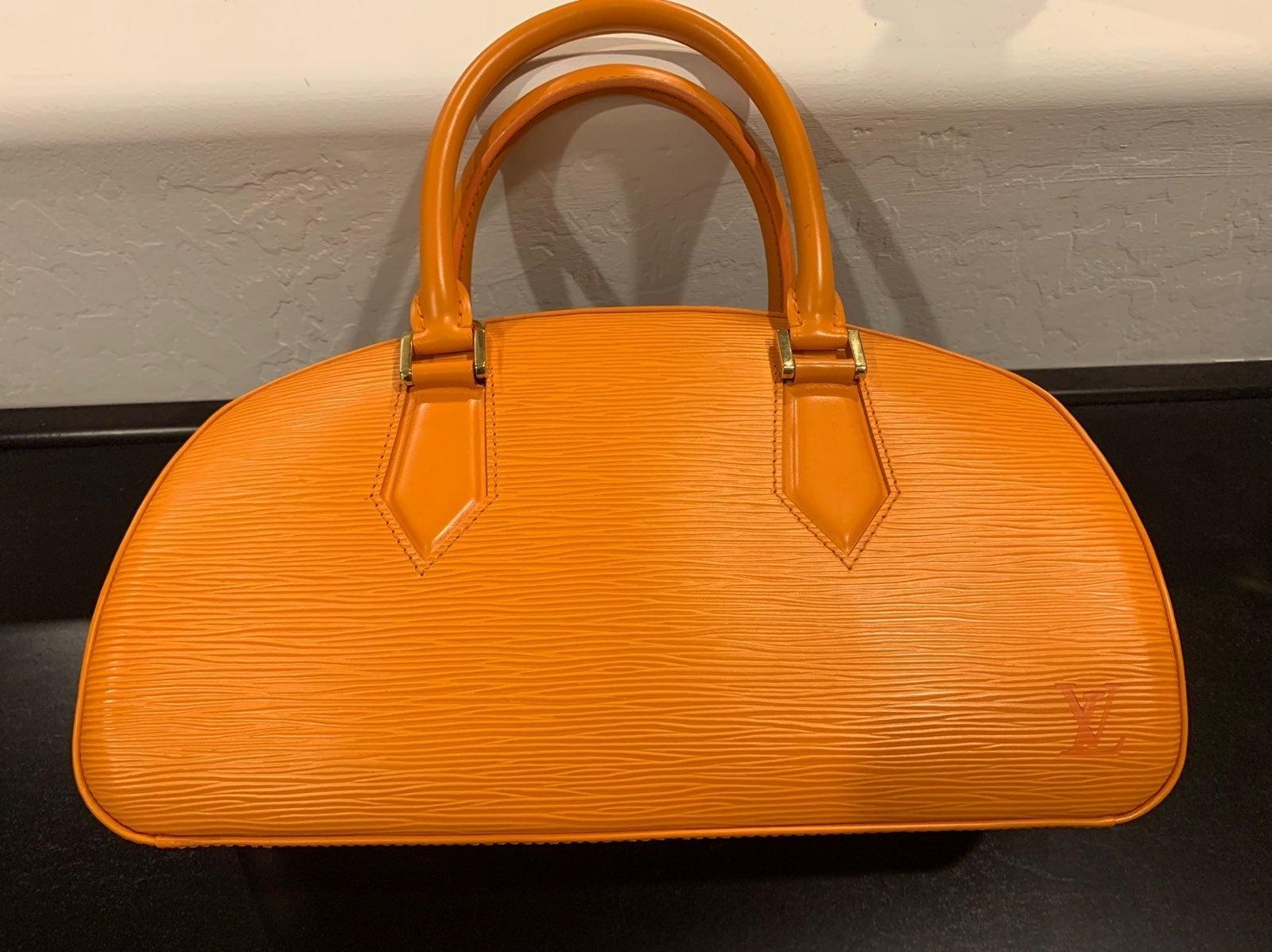 Authentic Louis Vuitton Jasmine Bag