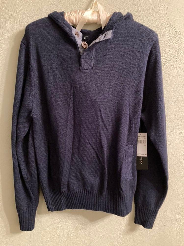 NWT Boys Hooded Sweater Size XLarge