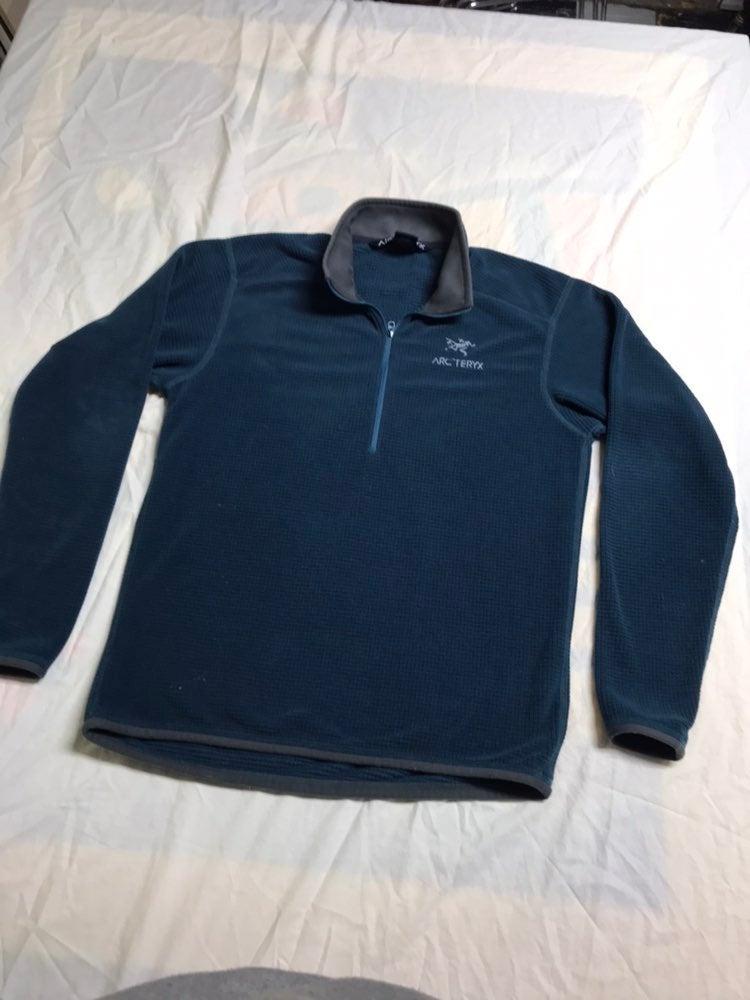 Arc'teryx  1/4 Zip pullover