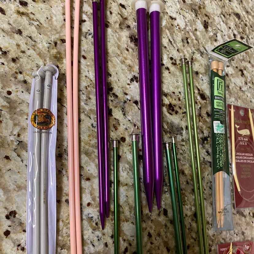 knitting needles different size