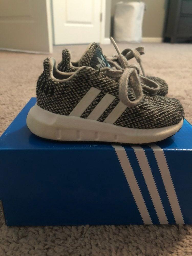 Toddler Adidas Tennis Shoes