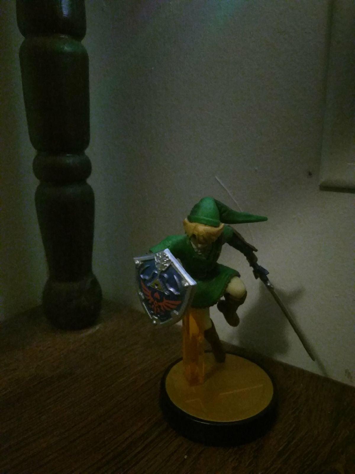 Smash Bros Link Amiibo
