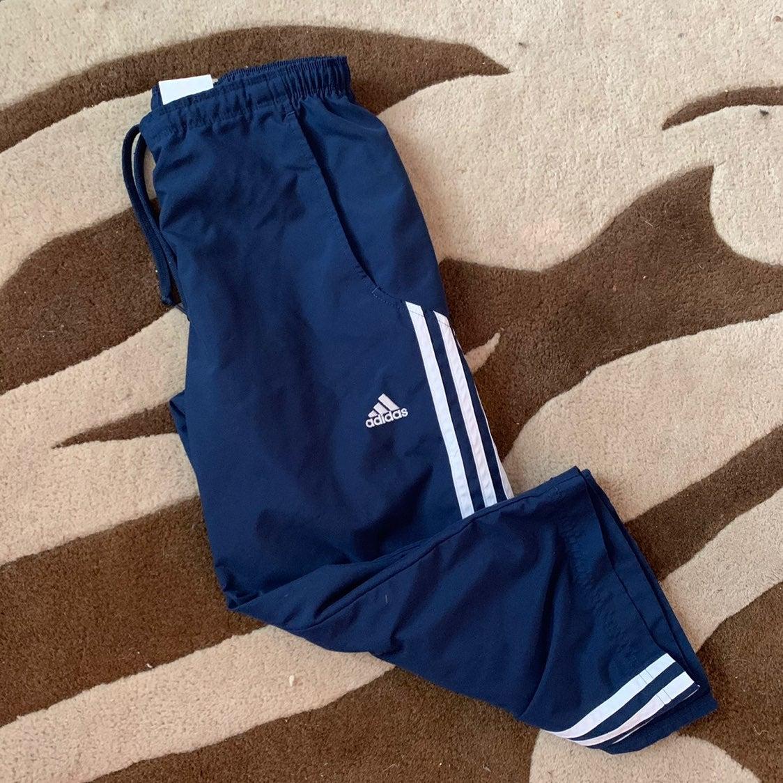 Adidas 3-stripes capri pants navy Small