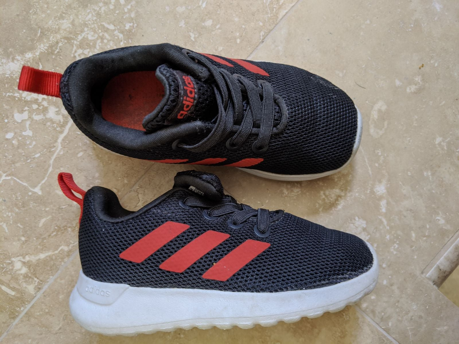 Toddler Adidas shoes, size 6 k