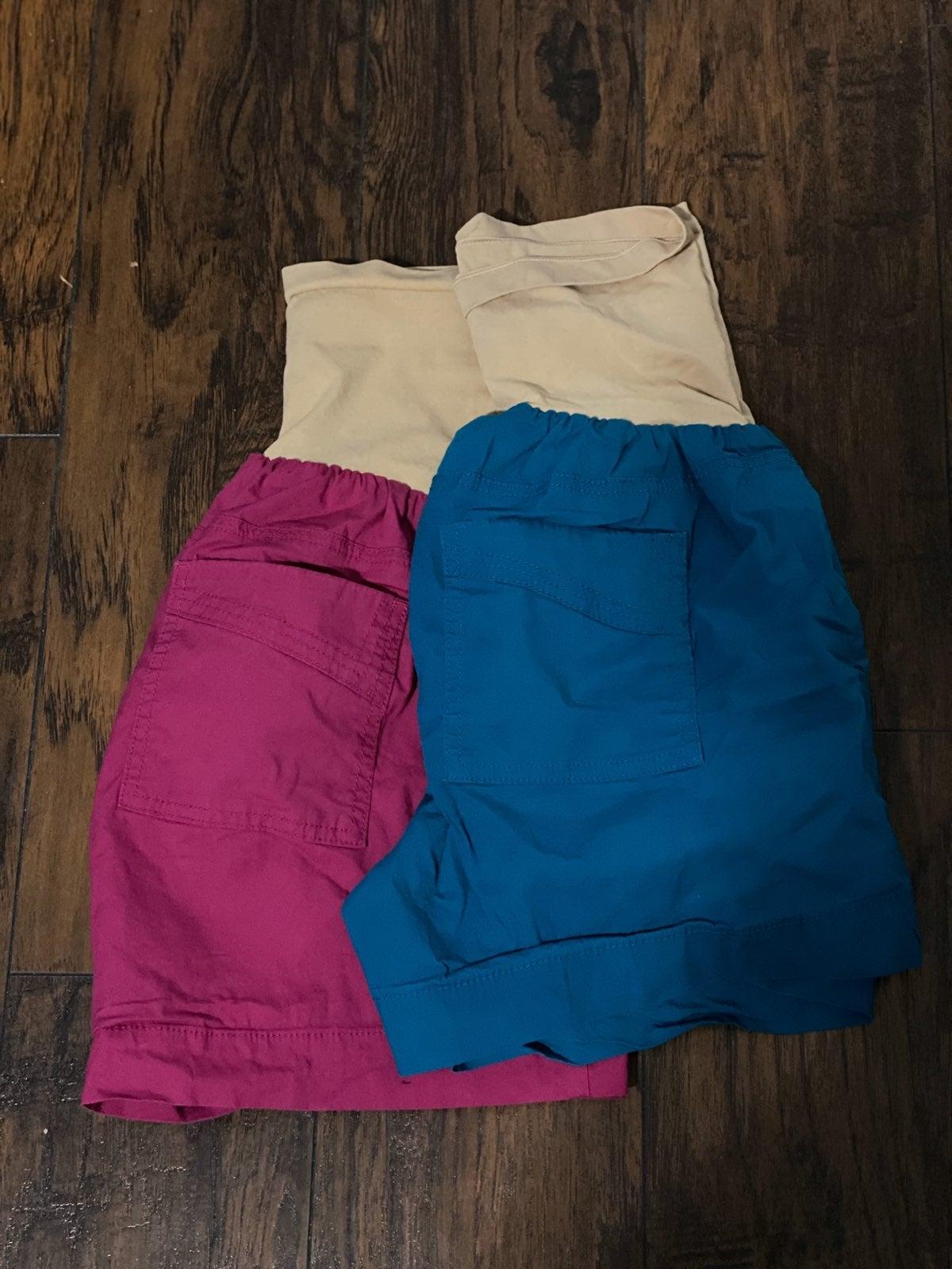 Motherhood Maternity shorts, size Large