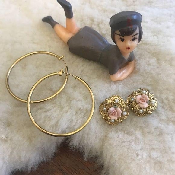 Lot of 2 Gold Tone Sets of Earrings