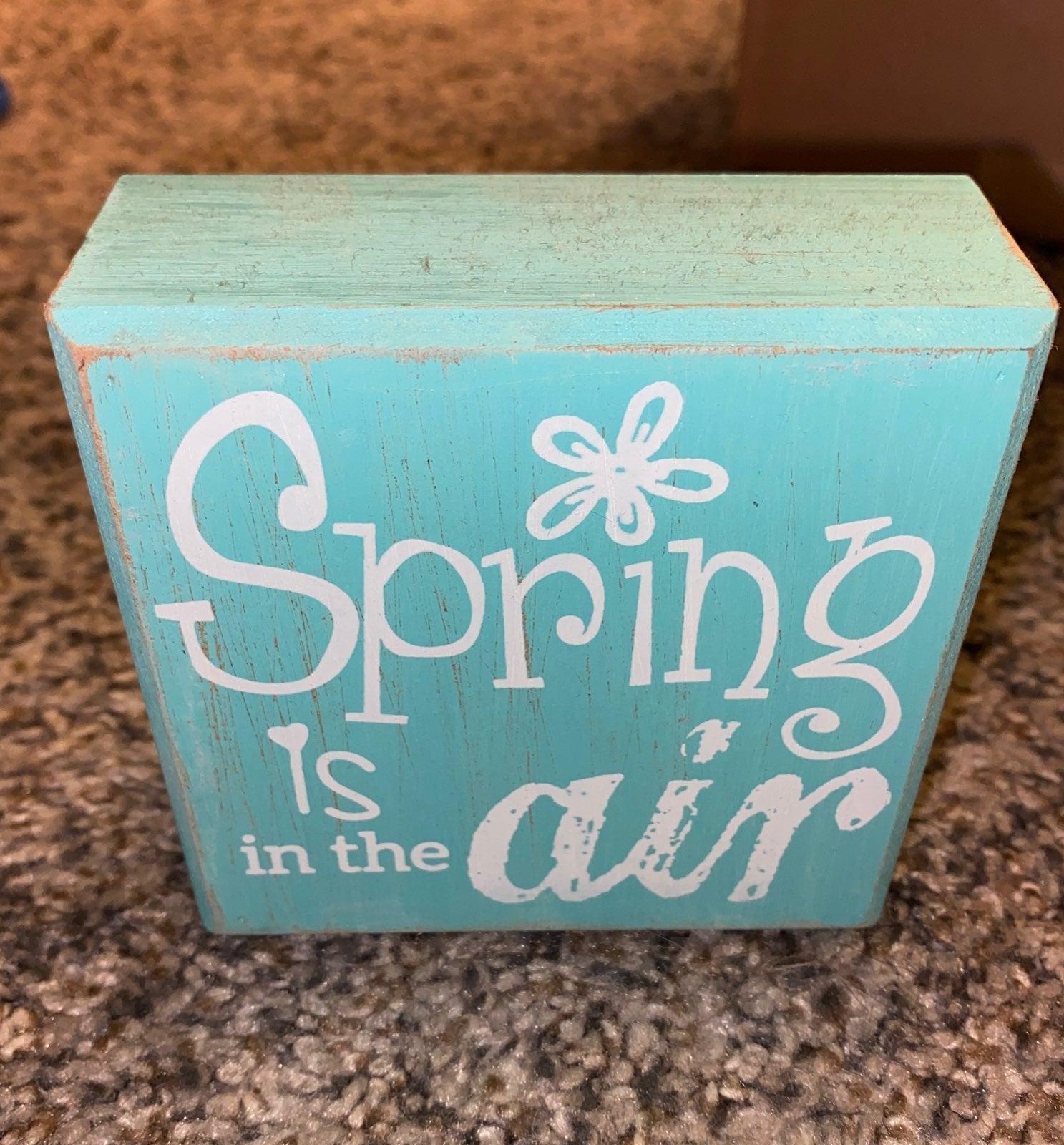 Cute Spring TableTop Decor!