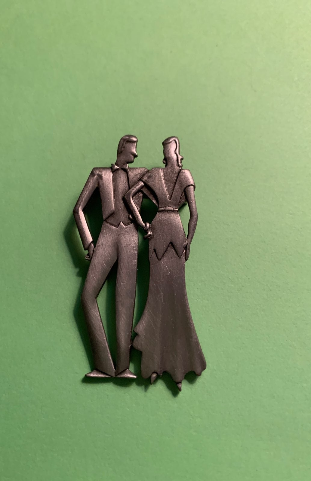 VTG PEWTER COUPLES PIN BROOCH LADY MAN