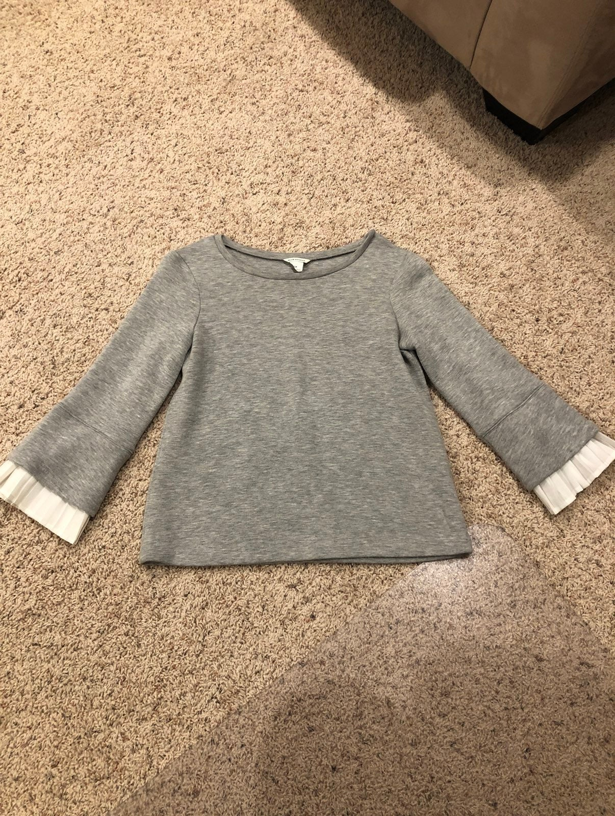 Club Monaco Sweatshirt with Ruffle Sleev