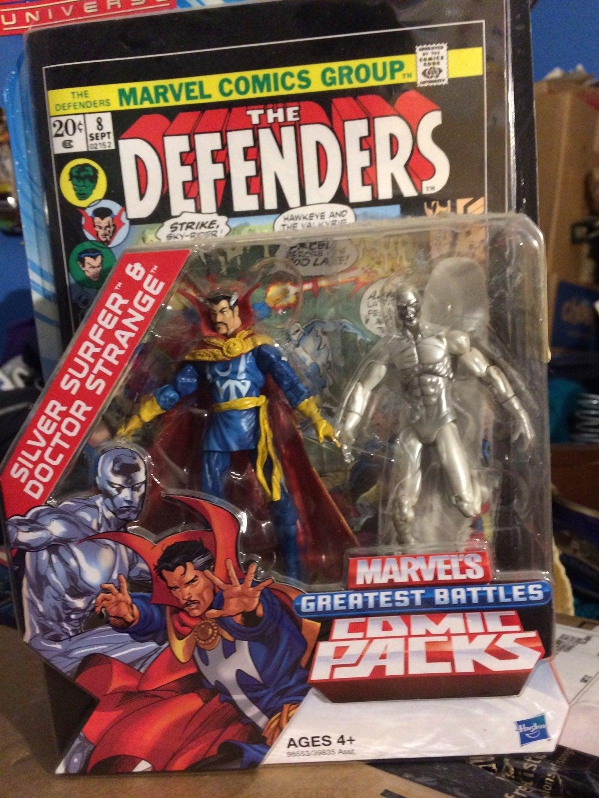 Hasbro Marvel Universe Silver Surfer & D