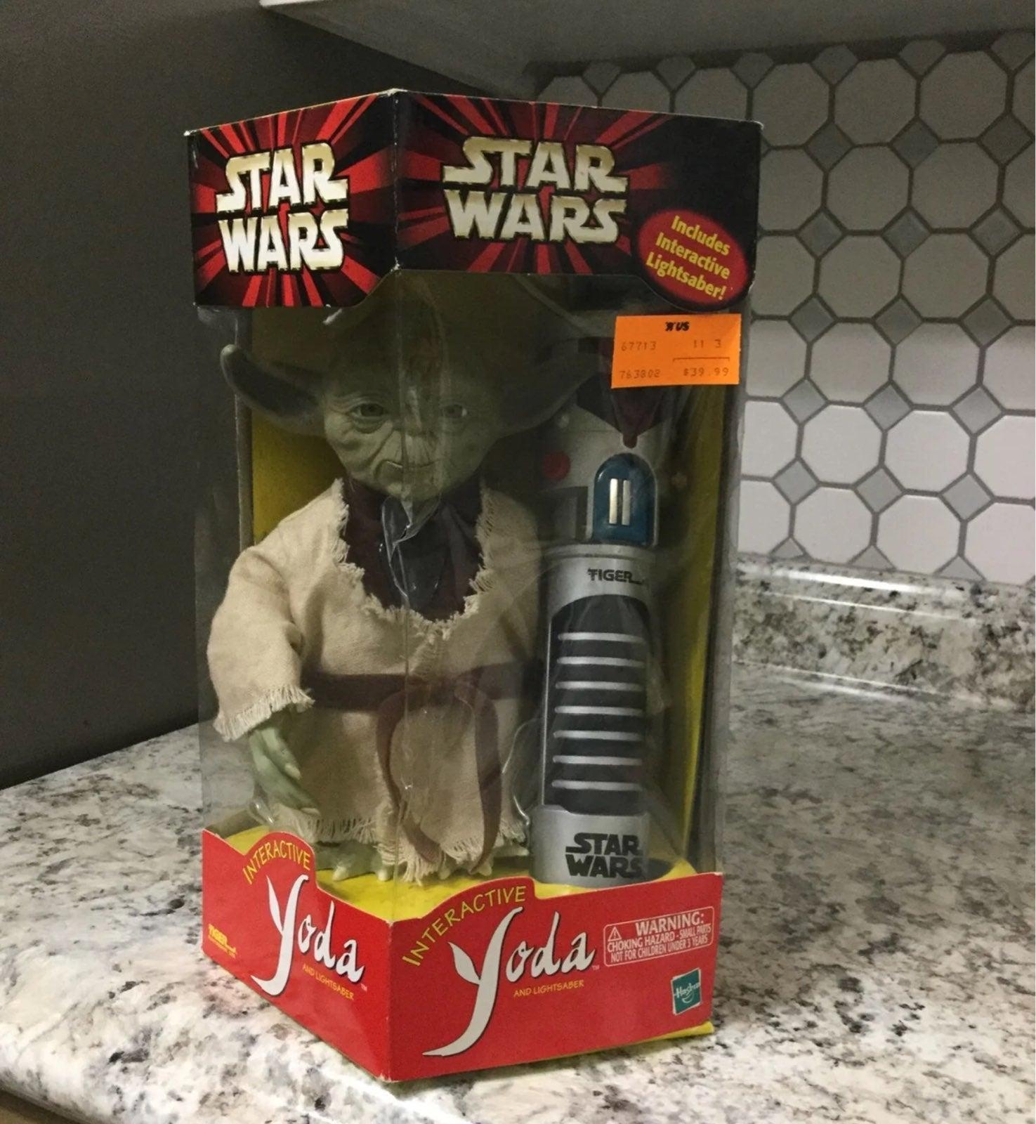 Star wars interactive Yoda