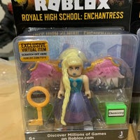 Roblox Toys The Enchantress Roblox Statues Bobbleheads Mercari