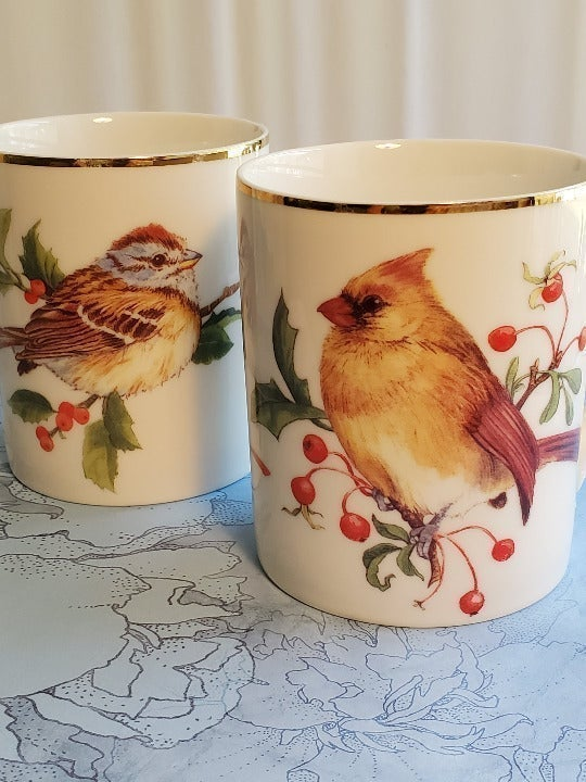 Mugs Winter Birds and Wreath Collection